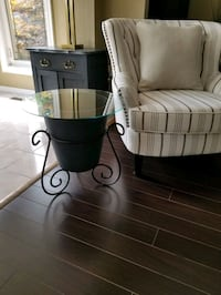 Glass Top Accent Table Mississauga, L4Z 3A9