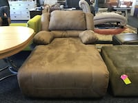 New brown micro fiber recliner chaise Virginia Beach, 23462