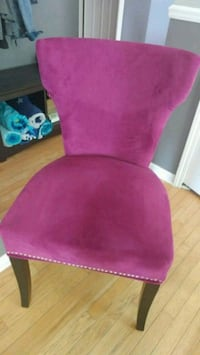 Accent chair.   Howell, 48843
