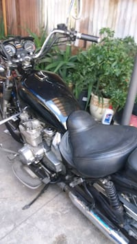 black and gray cruiser motorcycle Los Angeles, 90033