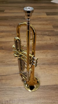 Thomann Trumpet in B flat with case