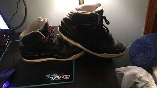 0ad5f08314d4d8 Used Pair of black and white air jordan 3 for sale in Crystal Lake ...