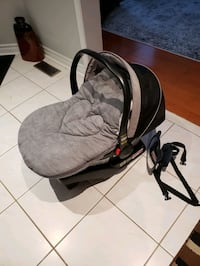 Graco car seat base and cover