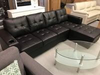 Brand new black leatherette sectional sofa with 2 cup holders on arm rest warehouse sale  多伦多, M1W 1A9