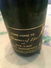 ELVIS Bottle Of Sparkling Cider Very Old From Grac Wyoming, 49519