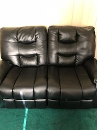 Black leather 3-seat recliner sofa and also 2-seat recliner sofa Plains, 18702