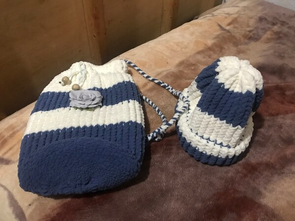 Blue and white knit bag