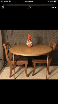Round table and two chairs with new fabric Alexandria, 22306