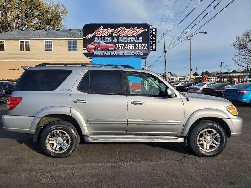2003 Toyota Sequoia Limited 4WD 4dr SUV c9738470-6403-4c49-9d30-7aef886562c3