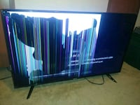 50 INCH SMART TV BUSTED SCREEN 60.00 CASH Louisville, 40215