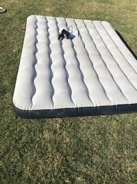 Queen air bed with pump Manteca, 95337