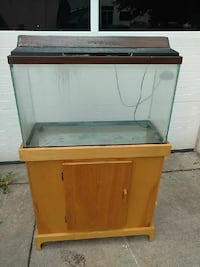 brown wooden framed fish tank Vienna, 22182