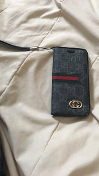 Black and brown leather michael kors wristlet Winnipeg, R2V 4N8