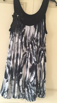 Black and white scoop neck sleeveless dress Enfield, N9 9JN