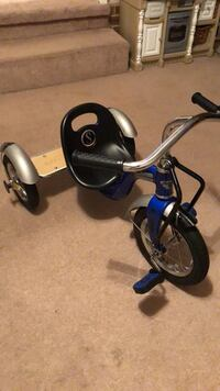 kids tricycle Fayetteville, 28304
