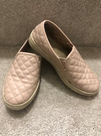 Size 12 slip on shoes Vancouver