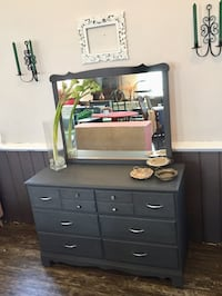 Gorgeous Dresser with Mirror Southwold, N0L