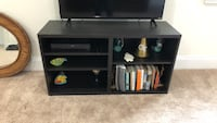 Black wooden tv stand   null