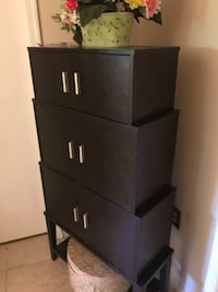 Moving sale  storage cabinet cash and Carry price negotiable Suitland, 20746