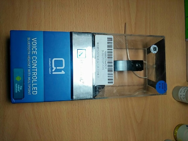 BlueAnt bluetooth earpiece