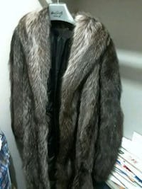 women's brown fur coat Silver Spring, 20904