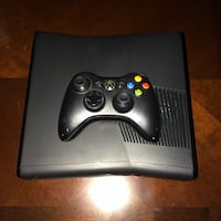 Xbox 360 250GB with Controller  543 km