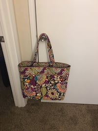 LARGE Vera Bradley Tote Forest Acres, 29206