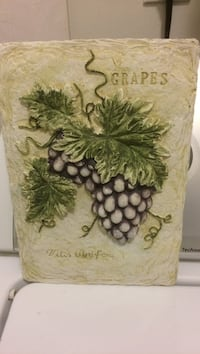 Grapes embossed home decoration