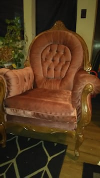 Antique Couches For Sale null