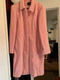 Beautiful Pink coat!  Great condition! Size M but fits a little larger Bristol, 37620