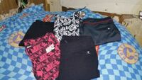 4 pair of yoga pants size sm Henderson, 89002