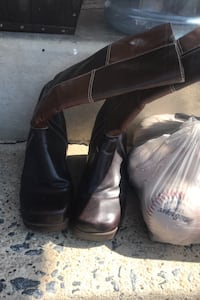 Size 8 boots Hagerstown, 21740