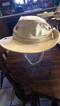 White camping/fishing safari hat
