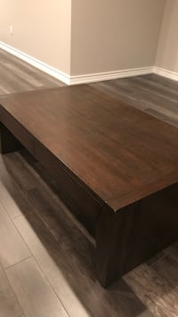 Coffee table urban barn  Caledon, L7C