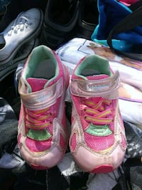 Lil girls shoes