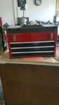red and black Craftsman tool chest Fresno, 93727