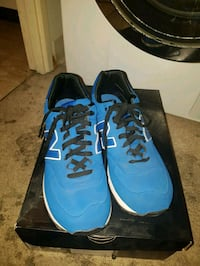 Blue new balance sneakers Toronto, M9V 5E6
