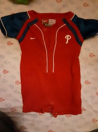 Nike phillies outfit 2 different ones