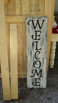 """Distressed Welcome sign 42"""" length  586 mi"""