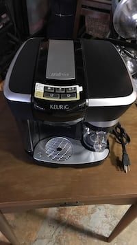 Keurig lavazza espresso machine. Coffee maker. Espresso and latte. Cherry Hill, 08003