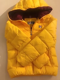 yellow zip-up bubble jacket Silver Spring, 20910