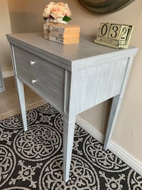 """Accent Table 30.5""""H 25""""W 18D Hesperia, 92345"""