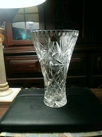 Fine Cut Antique Crystal Vase. San Antonio, 78218