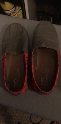 pair of black Toms slip-on shoes Pearland, 77584