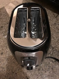 Black Decker, I just opened it and never used it. Clean and in Perfect condition.  Markham, L3T 1L9