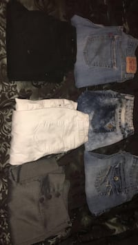 Juniors  jeans and one pair of dress pants Carson City, 89706