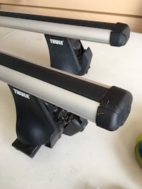 Thule roof rack bars foot pack and fit kit Edmonton, T6V 0E1