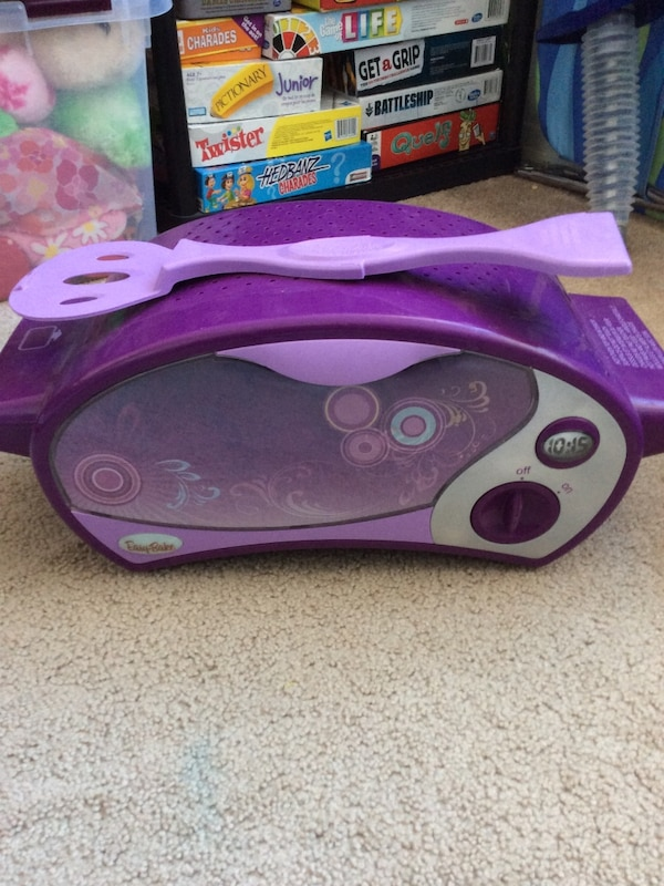 Purple and white easy bake oven