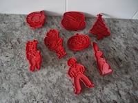 *Vintage* Tupperware Cookie Cutters $10 PU Morinville Morinville