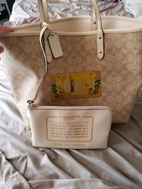 brown and white Coach monogram tote bag Middletown, 21769